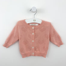 Load image into Gallery viewer, Baby girls knitted cardigan. Light and breathable cotton yarn cardigan for baby and toddler girls. Perfect for the spring and summertime. Comfortable cardigan in rose pink or ivory for girls.