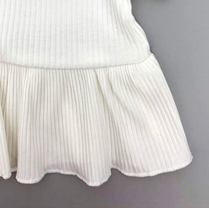 Beautiful lightweight ribbed fabric made in cotton blend which is perfect baby clothing for the summer. Baby girls clothing that is so cute and stylish at Bel Bambini boutique.. Baby and toddler summer clothes.