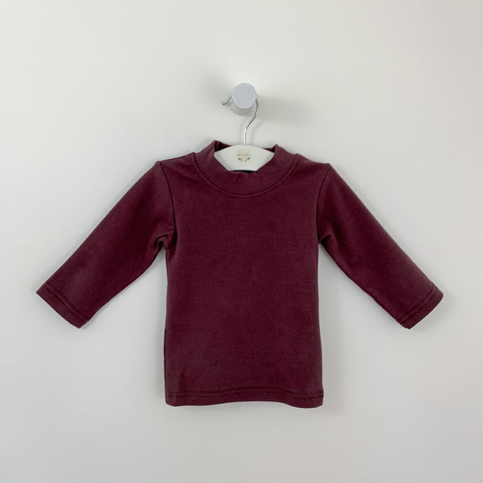 Baby boys sweater with long sleeves and a high neck in soft, warm and comfortable fabric. Exclusive to Bel Bambini boutique this autumn winter. Toddler sweaters.