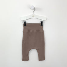 Load image into Gallery viewer, The comfiest rib leggings for baby boys with a double waistband. Made from a supersoft stretchy fabric for extra comfort and everyday wear. 0-24 months.