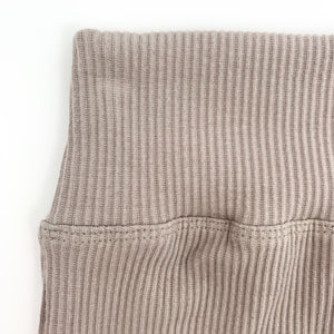 Comfy leggings/ casual pants for babies age 0-24 months. Ribbed cotton fabric in a soft taupe shade. Great everyday comfy baby pants.