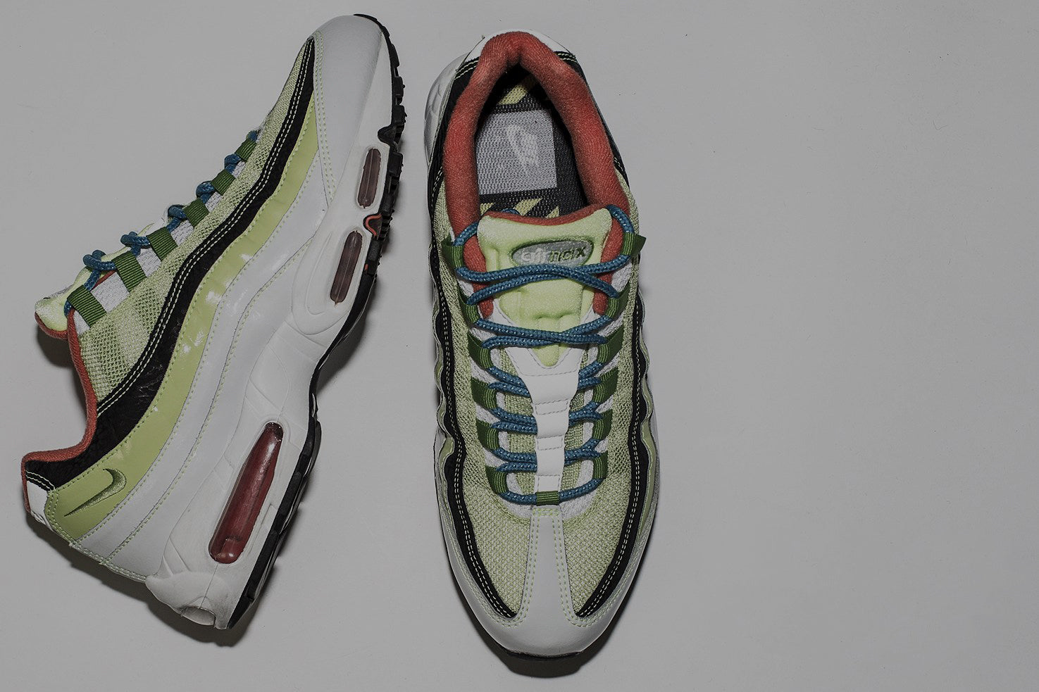 """Blends x Nike AirMax 95"""" style="""