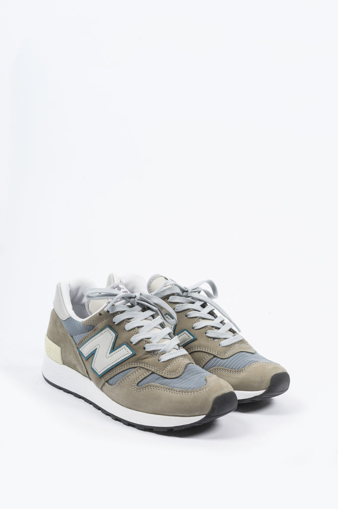 NEW BALANCE M1300GB MADE IN USA WHITE SAND RED