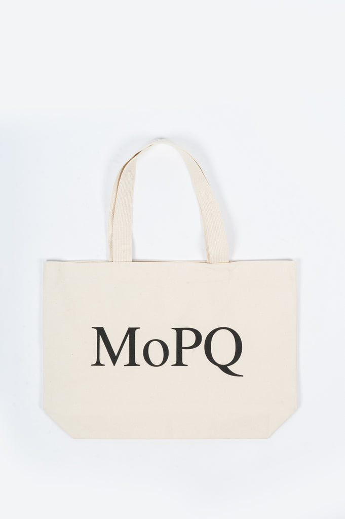 THE MUSEUM OF PEACE AND QUIET TOTE NATURAL