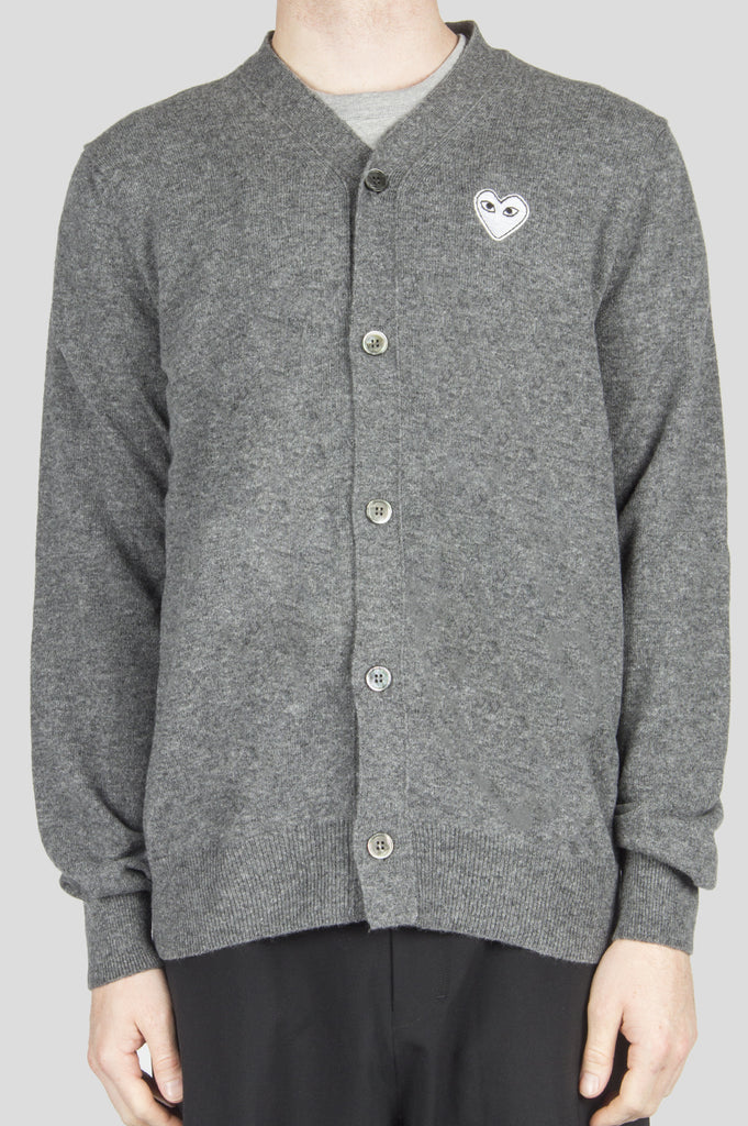 COMME DES GARCONS PLAY CARDIGAN GREY WHITE HEART - BLENDS