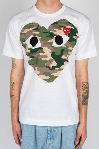 COMME DES GARCONS PLAY SS TSHIRT CAMO HEART WHITE - BLENDS
