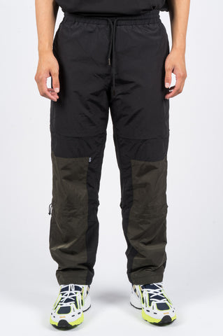 HIDDEN CHARACTERS HALFWAY TRACK PANT BLACK - BLENDS