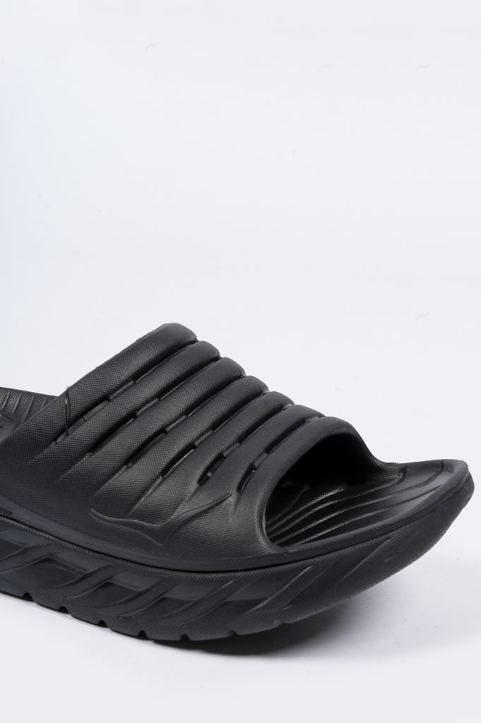 HOKA ONE ONE RECOVERY SLIDE BLACK - BLENDS