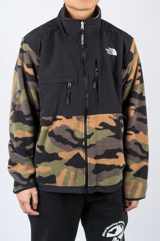 THE NORTH FACE 1995 RETRO DENALI JACKET BURNT OLIVE GREEN WAXED CAMO PRINT