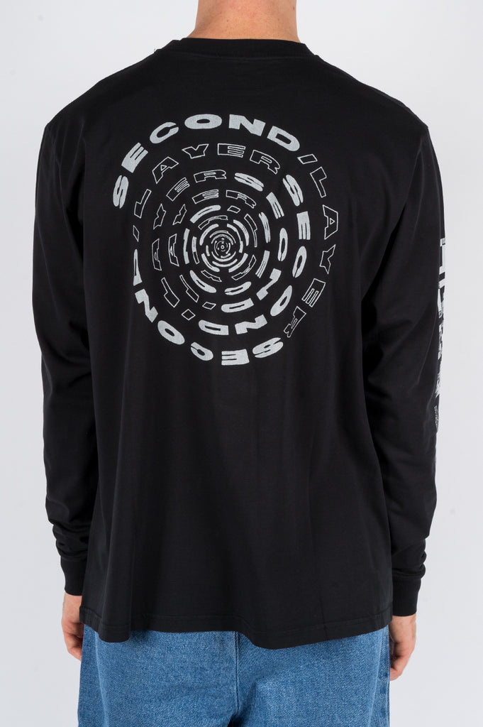 SECOND LAYER SPIRAL LS TSHIRT BLACK