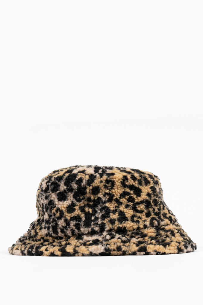 STRAY RATS LEOPARD FLEECE BUCKET HAT