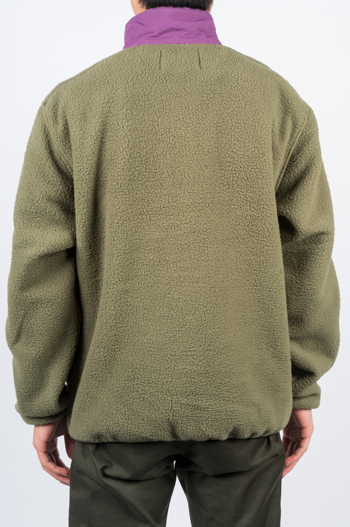STUSSY NYLON MOCK NECK OLIVE