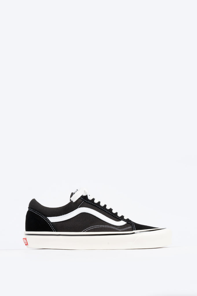 VANS ANAHEIM FACTORY OLD SKOOL 36 DX BLACK WHITE