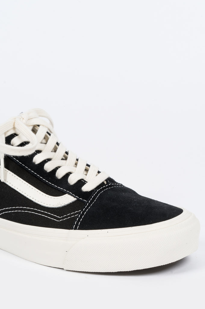 aeac4814a723ce VANS VAULT OG OLD SKOOL BLACK MARSHMALLOW – BLENDS