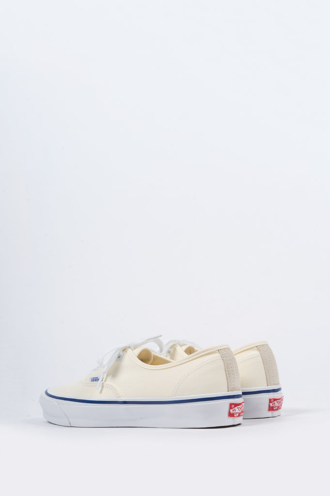 VANS VAULT OG AUTHENTIC LX CLASSIC WHITE - BLENDS