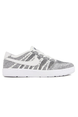 TENNIS CLASSIC ULTRA FLYKNIT WHITE BLACK