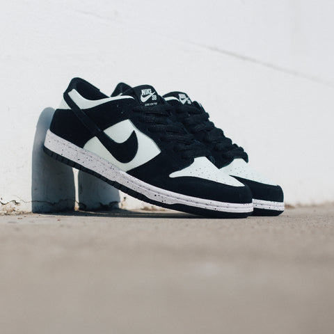 NIKE SB ZOOM DUNK LOW PRO BLACK BARELY GREEN WHITE