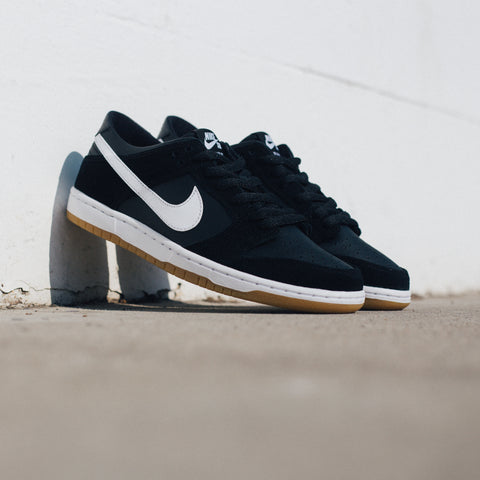 NIKE SB ZOOM DUNK LOW PRO BLACK WHITE GUM LIGHT BROWN