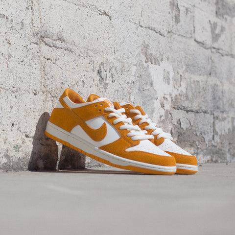 NIKE SB ZOOM DUNK LOW PRO CIRCUIT ORANGE