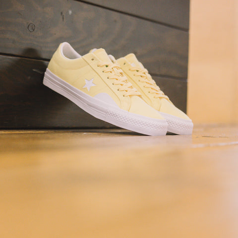 CONVERSE X CHOCOLATE X KENNY ANDERSON CTAS PRO OX YELLOW DAYS AHEAD
