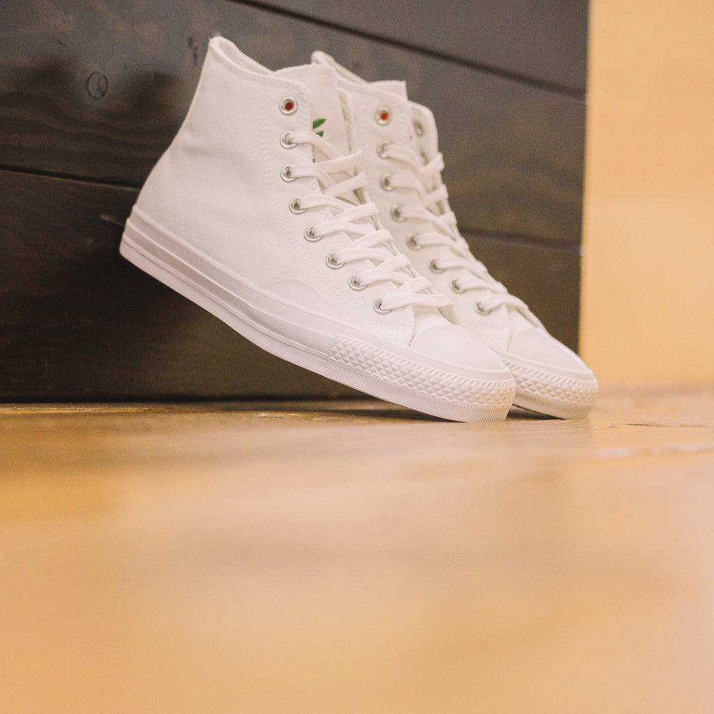 4568e3bee988 CONVERSE X CHOCOLATE X KENNY ANDERSON CTAS PRO HI WHITE DAYS AHEAD – BEATNIC