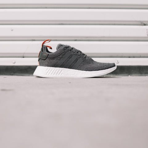 ADIDAS NMD_R2 GREY RED