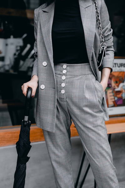 MsHEM styling urban street everyday look Elina welsh plaid blazer high rise pants