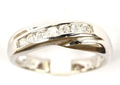 9ct White 1/4ct 7 Stone Twist Band