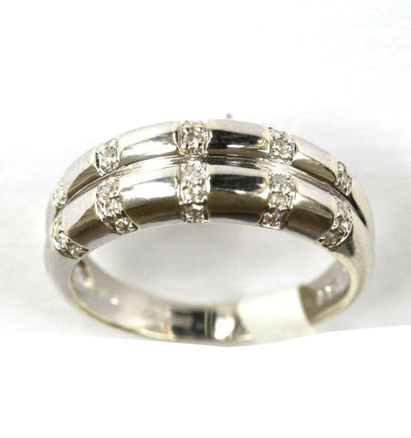 9ct white double diamond band (0.15points)
