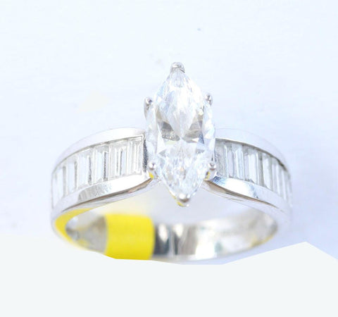 9ct white cubic zirconia
