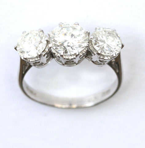 18ct white triology (approx 3.00ct)