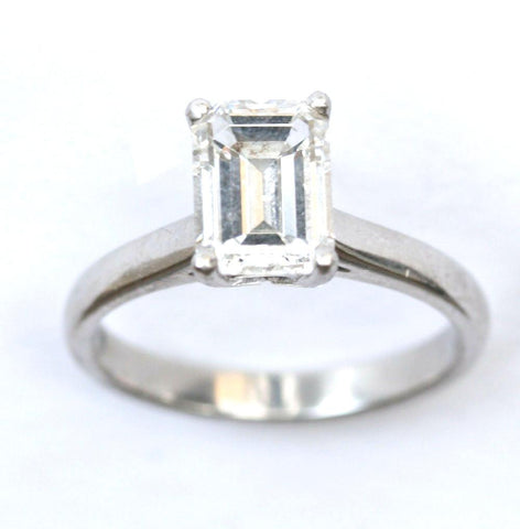 18ct white princecut solitaire(approx 2.5ct)