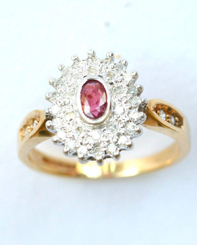 9ct diamond & ruby oval