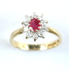 18ct diamond & ruby cluster (dia25pts,ruby25pts)