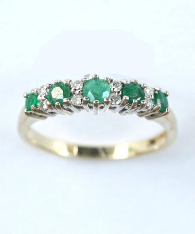 9ct diamond & emerald 1/2 eternity (0.10points)