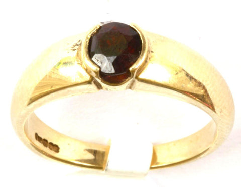 9ct Garnet Solitaire Band