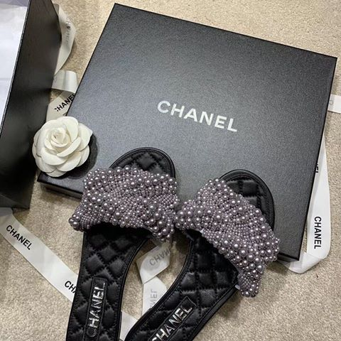 CHANEL MULE - Hustla Boutique