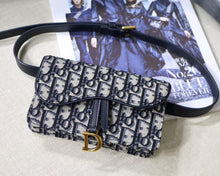 Load image into Gallery viewer, DIOR  OBLIQUE SADDLE BELT BAG - Hustla Boutique