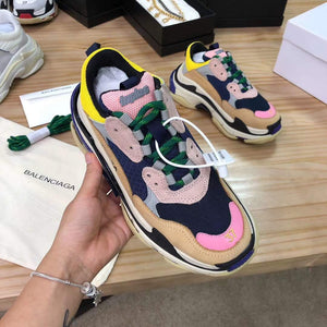 BALENCIAGA TRIPLE S - Hustla Boutique