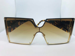 CHANEL Oversized SUNGLASS - Hustla Boutique