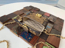 Load image into Gallery viewer, LOUIS VUITTON - Hustla Boutique