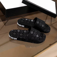 Load image into Gallery viewer, GUCCI MEN SLIDE - Hustla Boutique