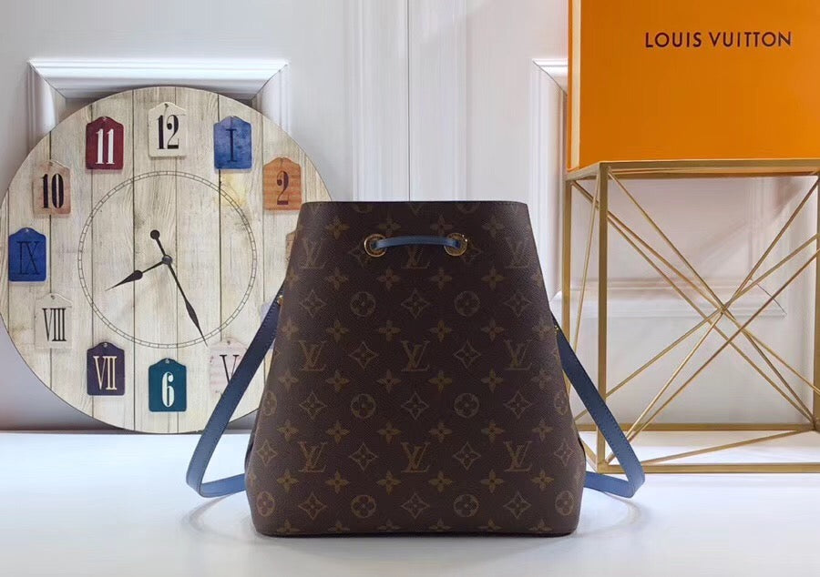LOUIS VUITTON BUCKET - Hustla Boutique