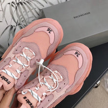 Load image into Gallery viewer, BALENCIAGA TRIPLE S - Hustla Boutique