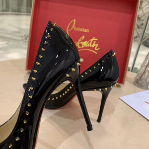 CHRISTIAN LOUBOUTIN - Hustla Boutique