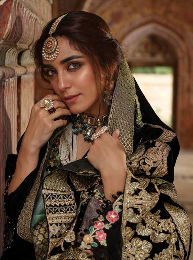 3 SIMPLE TRICKS TO LOOK EXPENSIVE IN ETHNIC WEAR