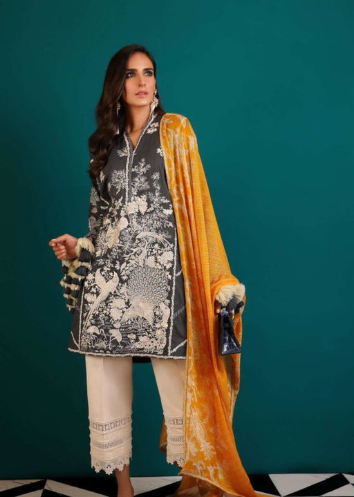 Wishcart-Pakistanisuits-Sana Safinaz Fall Embroidered Cambric 2019 9B