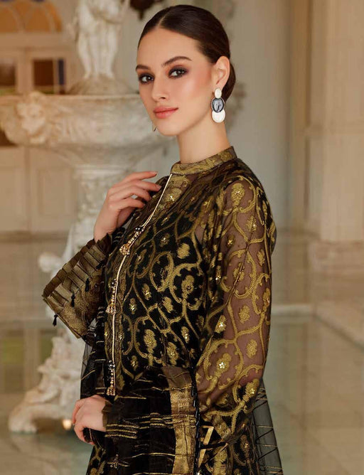 glamorous-luxury-from-gul-ahmed-fe273