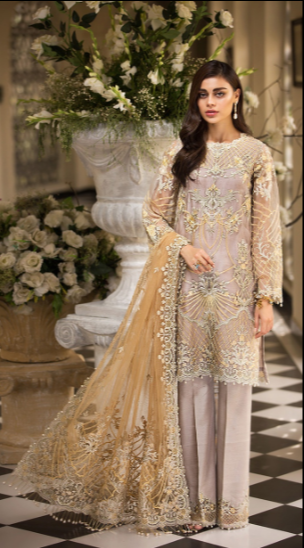 Anaya La Belle Soiree Festive Collection by Kiran Chaudhry 04 - wishcart.in