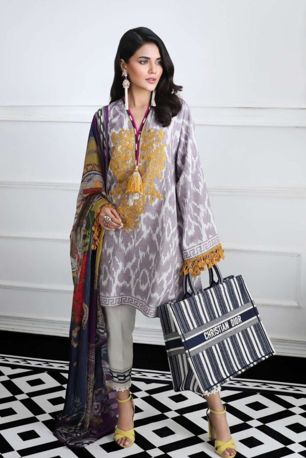 Wishcart-Pakistanisuits-Sana Safinaz Fall Embroidered Cambric 2019 07